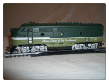 HO F3-A Northern Pacific DC Diesel Locomotive